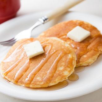 メープルバターのパンケーキ